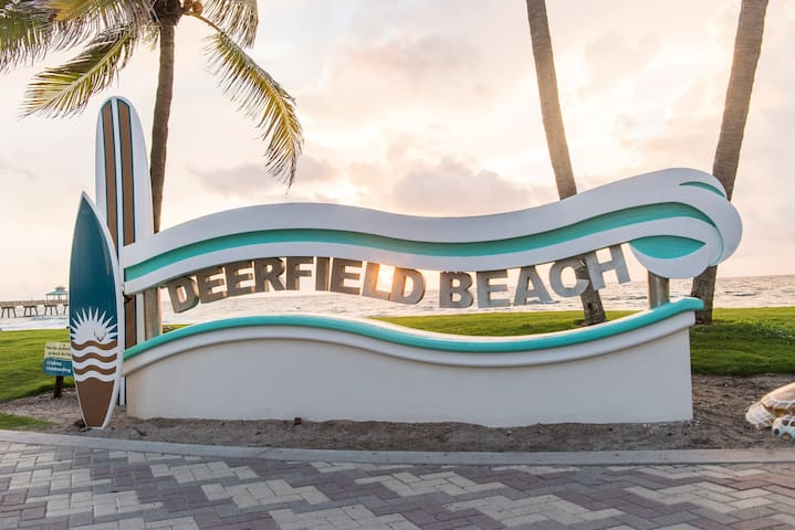 Pet Friendly Near Deerfield Beach