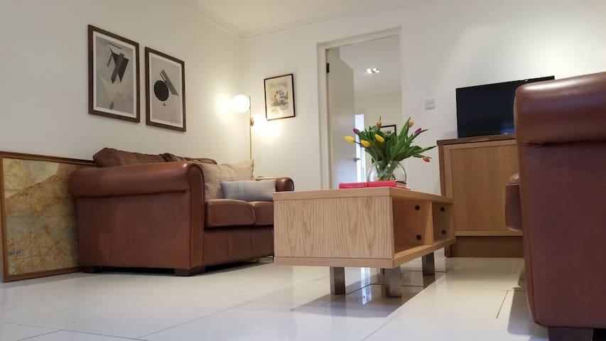 Outstanding 2 Bedroom Apartment-Piccadilly Circus