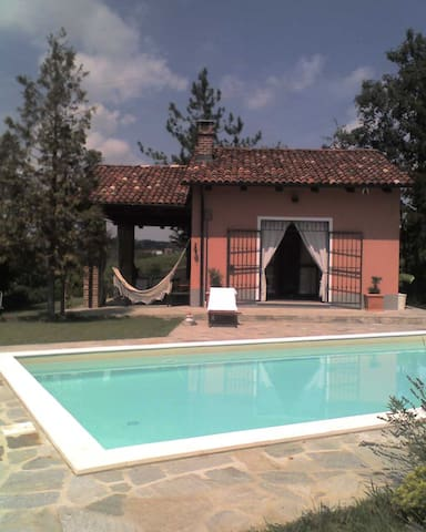 Cozy country nest in Monferrato vineyards - Calliano - Dom
