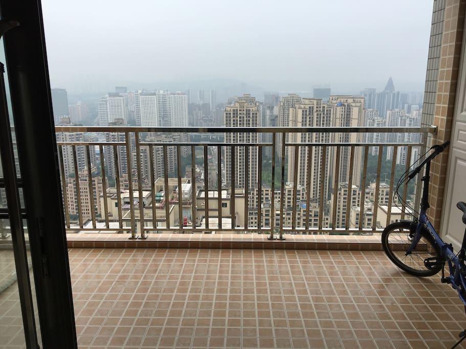 无敌城市风光观景阳台