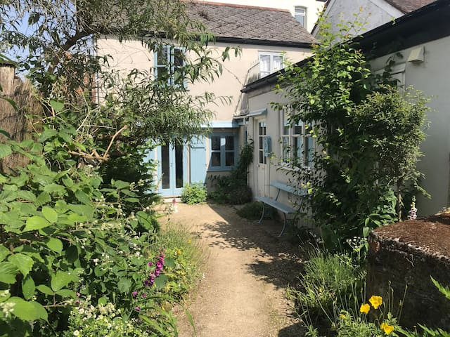 Cosy little cottage in Shaftesbury