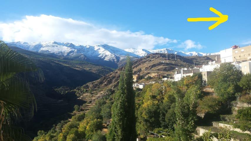 La Flecha , casa con cercania y vistas a la Sierra