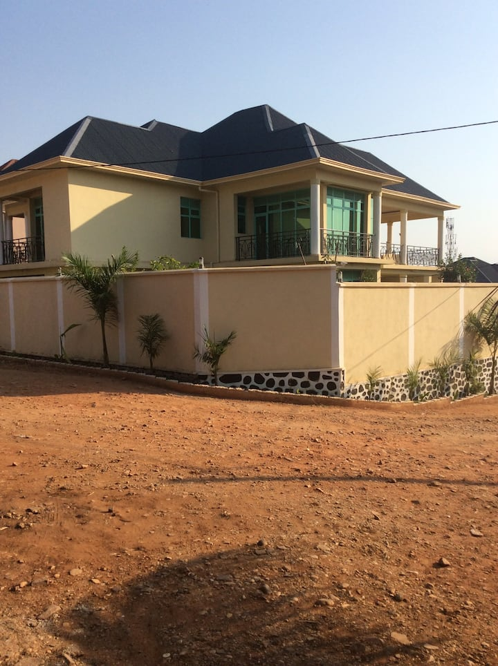 Villa with an amazing view atop of Bujumbura City