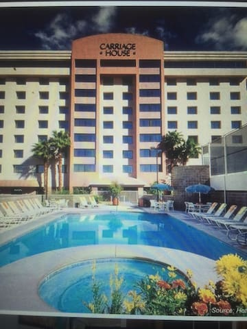 The Carriage House-block off the strip - Las Vegas - Apto. en complejo residencial