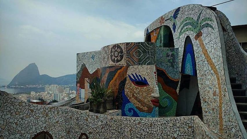 The MAZE Rio - Stay on top of Rio's safest favela - Rio de Janeiro - Bed & Breakfast