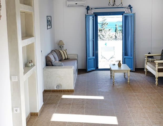 Flora Apartments | Olive - Drios - Apartment