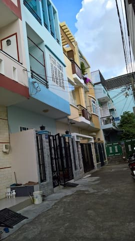 District 2 homestay - Plei Cần - Casa