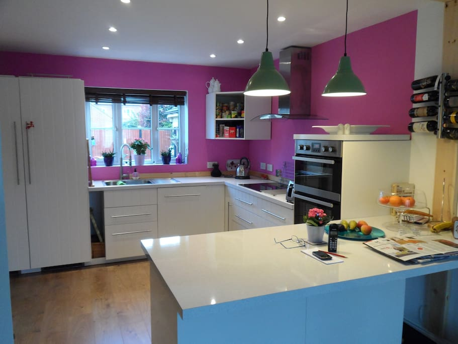 Modern kitchen recently re-fitted