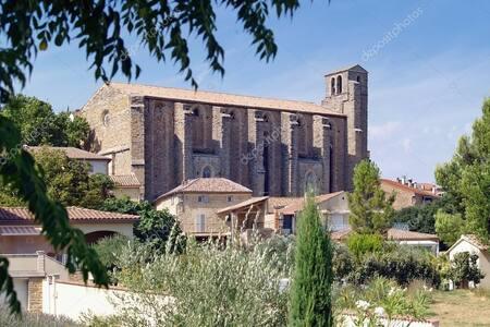 Le camp de César, l'église...la maison du XVIII