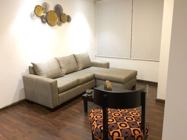 Apt furniture in building north of Cuenca