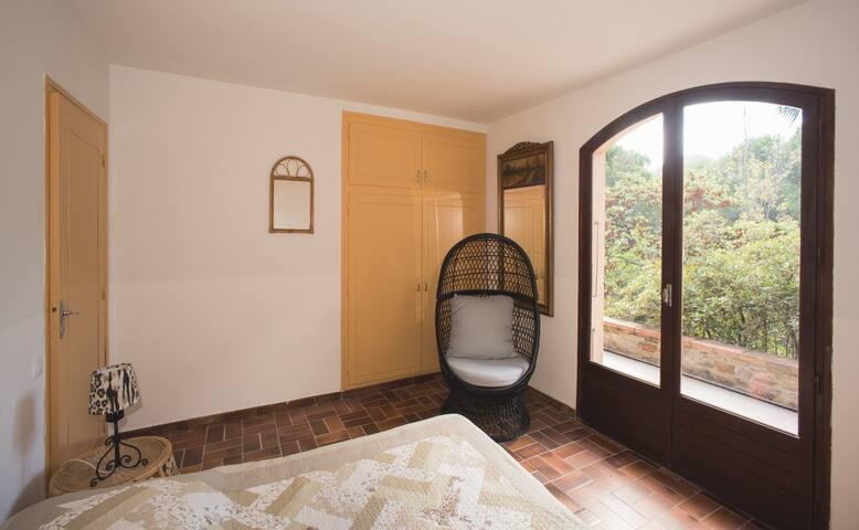 VILLA 5 PIECES TERRASSE JARDIN PISCINE GARAGE . - Collioure - Villa