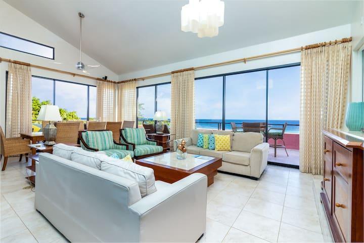 Elegant Rooftop Penthouse overlooks Caribbean Sea