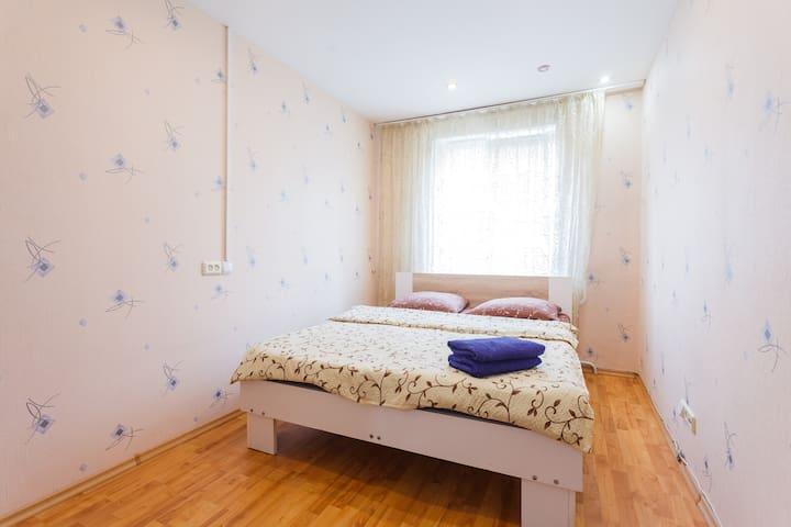 Двухкомнатная квартира возле М.Минская