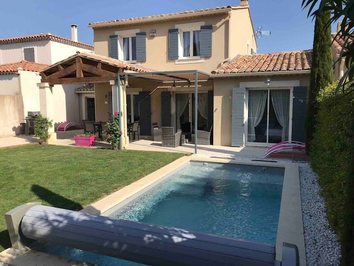 Mas Rémy-Villa dans résidence privée