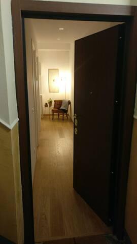 Private Apartment - Porta Venezia - Center Milano