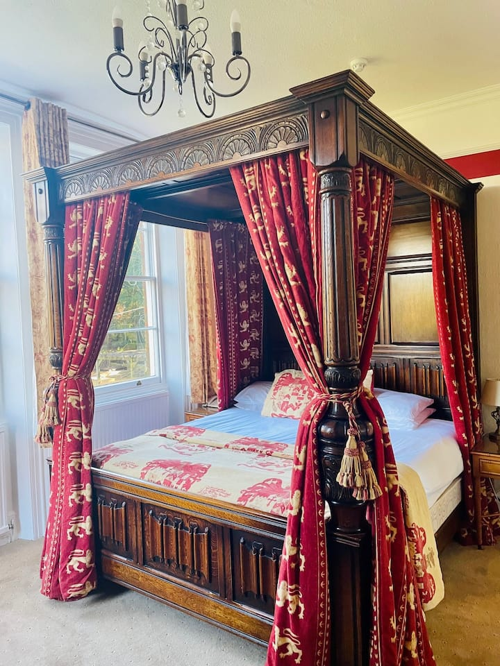 Double room-Superior-Ensuite-Four Poster