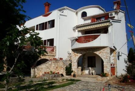 A3 Apartment 2+1, Villa Agata - Banjole
