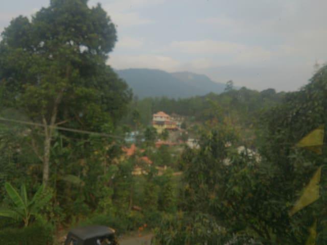 Sowparnika Santhanpara - Santhanpara - Casa