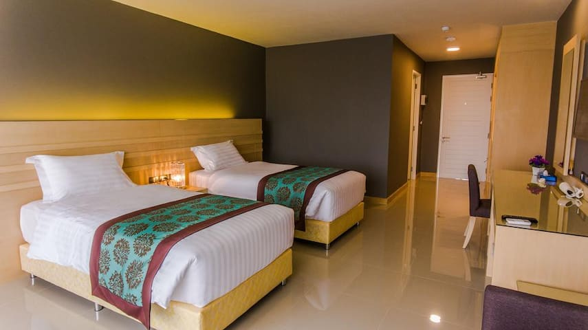 Deluxe Twin Room - Room only