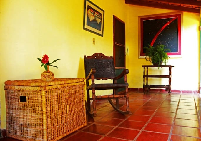 Spacious en-suite room, Asuncion