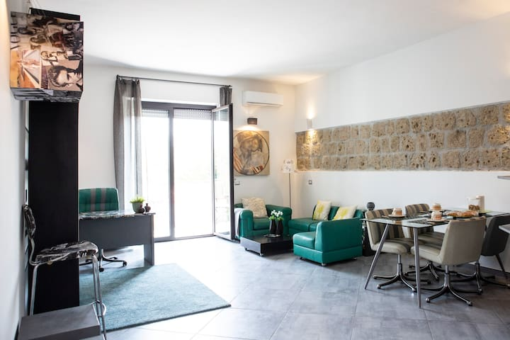 Stylish Apartment in Caserta centro