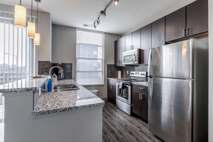 Brand New.Beautifully Decorated. Great Amenities