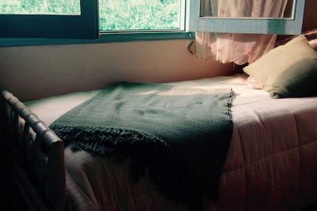 habitación privada, healing hostel - Balneario Buenos Aires