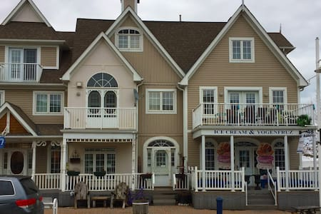 Nautical Village, Pickering Waterfront - Pickering - Lakás