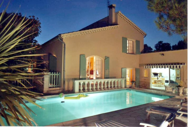 Pretty VILLA  with AIR COND. + POOL in PROVENCE - Orange - Villa