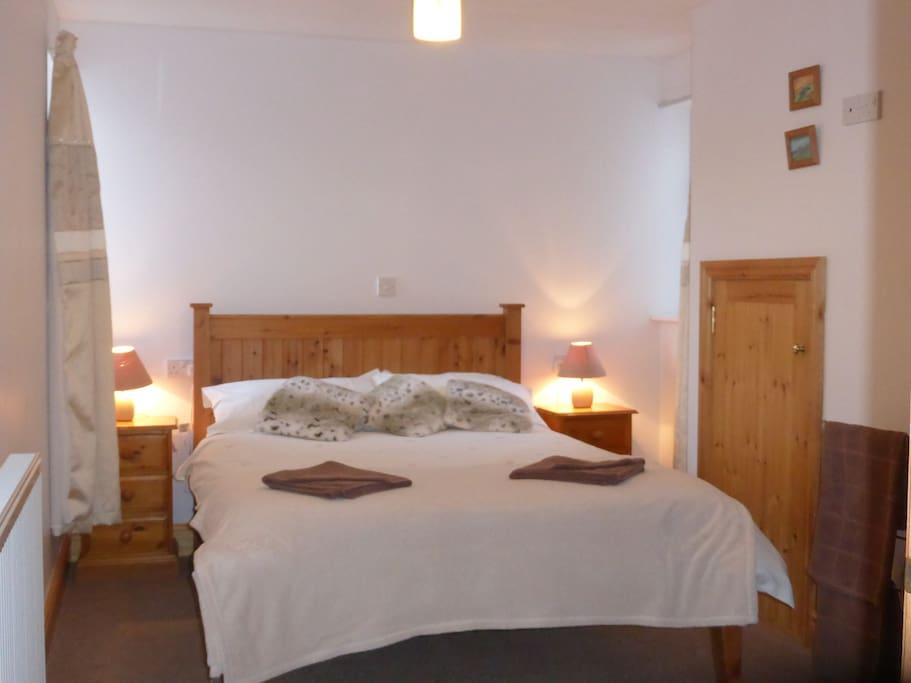Ground Floor Double Bedroom with En Suite