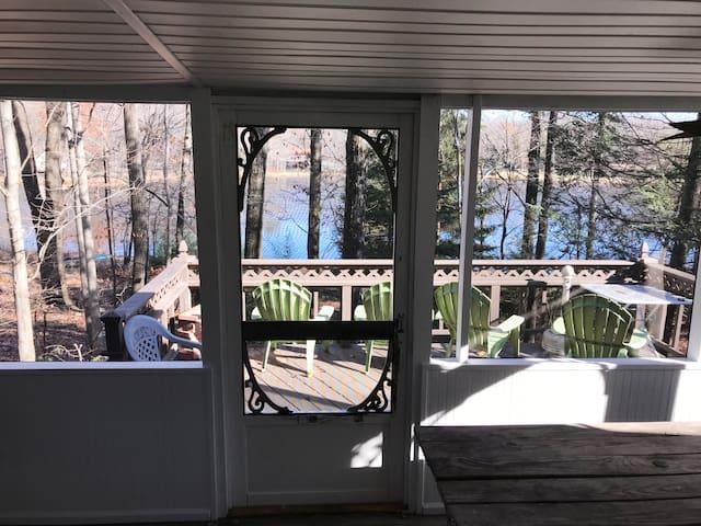 Scenic Lake Front Home near Camelback Mountain!!