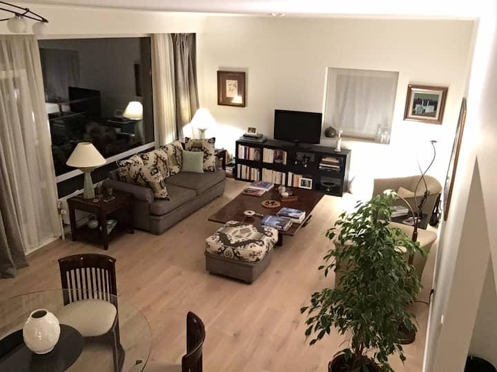 Sunny apartment in Antwerp (Wilrijk)