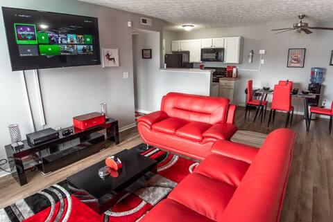 Modern 2b King/Queen business gamer Retreat-Easton