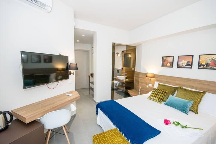 Splendida camera per 3 persone a Giardini Naxos