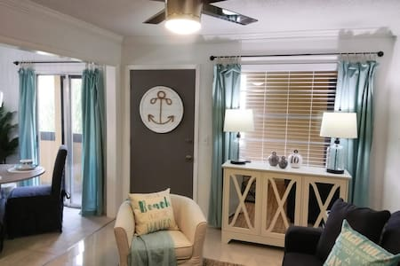 SEAVIEW at Honeymoon Island, On The Causeway! NEW!