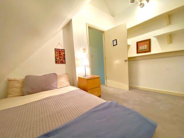 BR2: Cozy Room; Queen Mattress; Heart of Wrigley
