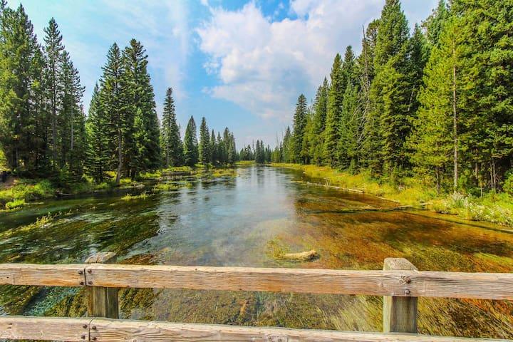 The Timbers Condos @ Island Park~Yellowstone