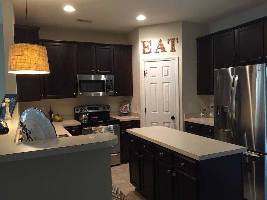 Kitchen/main floor