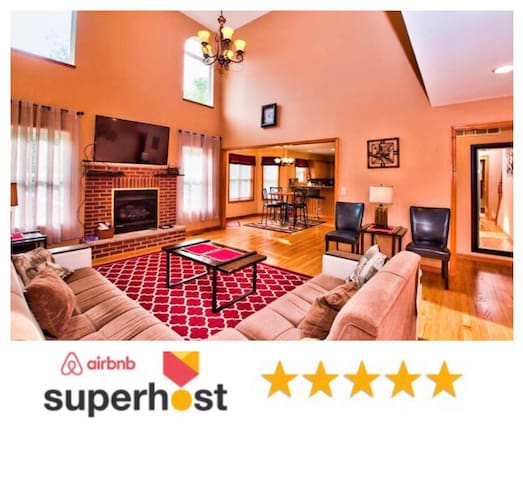 ★Secluded 6BR Getaway-Wifi-Hot Tub-Best Location★
