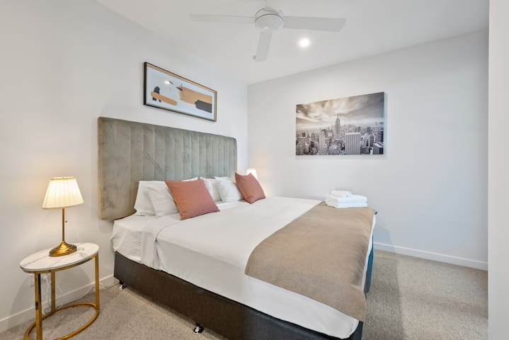 2nd bedroom with ultra-comfortable king bed and deluxe ensuite