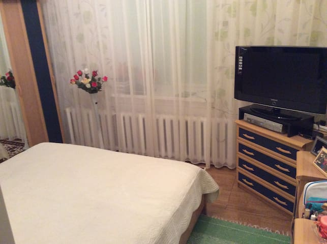 Cute apartments near border. Huge rooms - Narva - Apartament