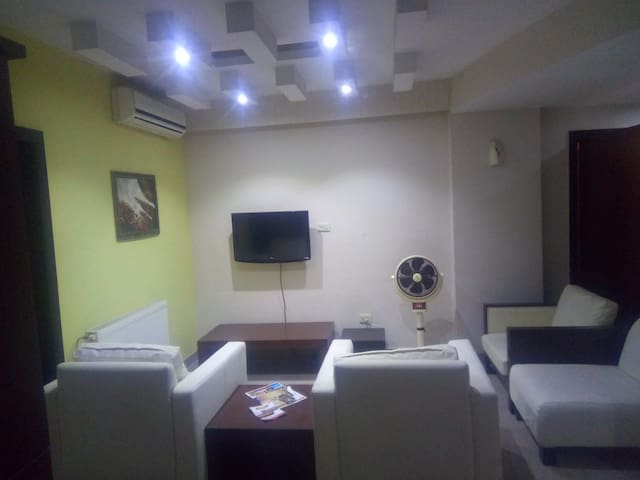 2 Bed room Entire Apartment Bahria Town