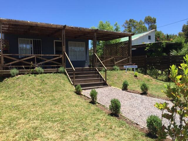 COTTAGE AT PEACEFUL PLACE USD150 PER NIGHT - Manantiales - Chalet