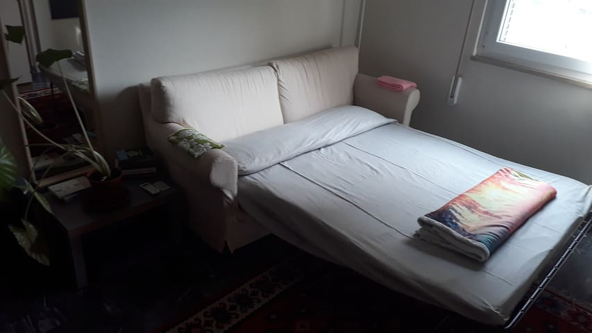 Single/double room in city centre