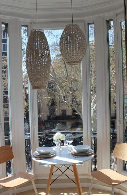 Dining with view of Las Ramblas