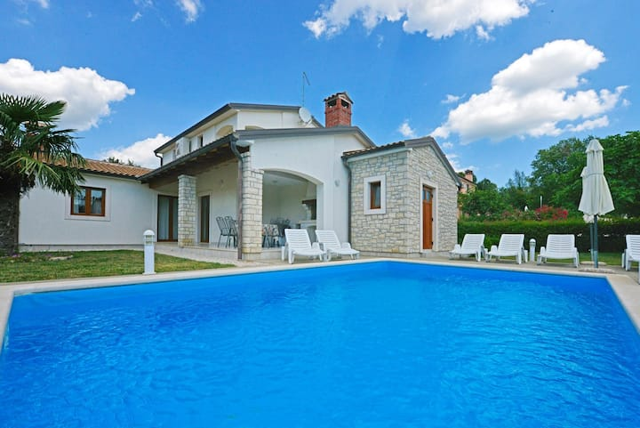 Villa Paris IV with Private Pool