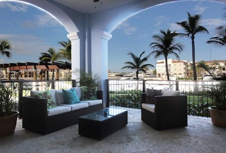 Stunning Waterfront/Marina  view condo - Punta Cana - Wohnung