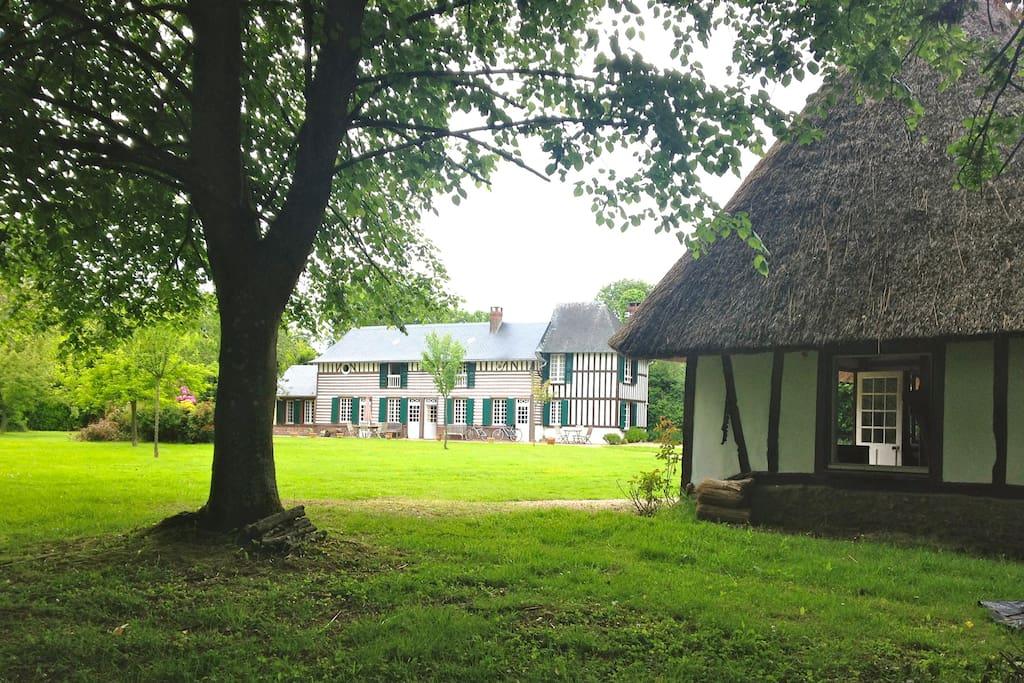 Jolie maison normande avec piscine maisons louer for Location maison avec piscine en normandie