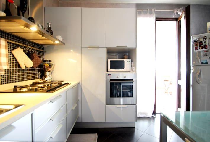 Rilassante appartamento in bifamiliare - Bussolengo - Apartmen