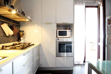Rilassante appartamento in bifamiliare - Bussolengo - 公寓